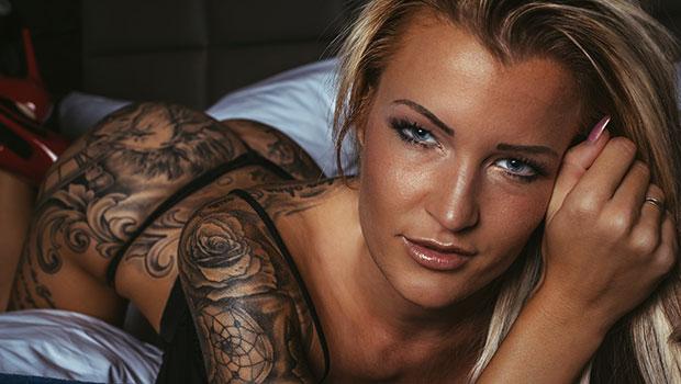 RoxxyX Erotik- & Tattoomodel